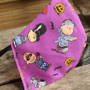 Halloween Peanuts Charlie Brown Face Mask Snoopy